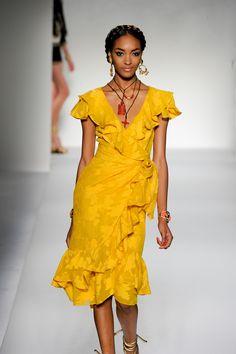 10 Fashion Tips που θα σε κάνουν να δείχνεις πιο αδύνατη! - Tlife.gr