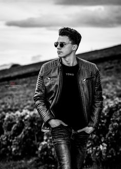 Photographer: Anita Lopez Carreras ⎜Model: Joaquim Piccand ⎜ Shot @ Le Studyo K, Switzerland - 2020 Beauty Shoot, White Fashion, Switzerland, Fashion Beauty, Hipster, Black And White, Model, Style, Racing