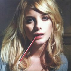 Melanie Laurent- I love her, effortless beauty