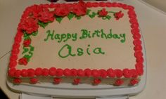cake decorating with butter cream icing