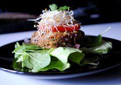 raw nut-/sugar-/glutenfree veggie burger