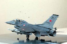 """F-16D by Sertac Bayar """"SBayar"""" (Italeri 1:48)"""