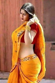Stunning and gorgeous Beautiful Girl Indian, Most Beautiful Indian Actress, Beautiful Saree, Beautiful Women, India Beauty, Asian Beauty, Saree Photoshoot, Saree Models, Beautiful Bollywood Actress