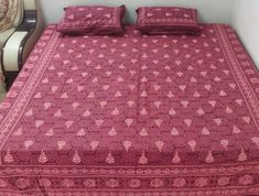 Our Exclusive range of 100% cotton, hand made bedsheets Designer Bed Sheets, Summer Shades, King Size, Pillow Covers, Cotton Fabric, House Design, Pillows, Bedroom, Bleach