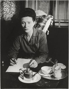 "Brassai ""Simone de Beauvoir cafe de flore""-1944"