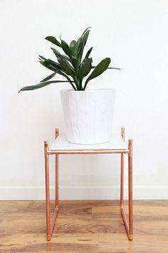 34 Elegant Copper Decoration Ideas https://www.futuristarchitecture.com/18007-copper-decor.html
