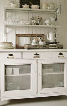 The screen cabinet fronts resemble an antique pie safe, in this cottage kitchen. decor cabinet frontsThe screen cabinet fronts resemble an antique pie safe, in this cottage kitchen. Country Kitchen, New Kitchen, Kitchen Decor, Country Hutch, Kitchen Storage, Kitchen Buffet, Kitchen Dresser, Kitchen Cupboard, Island Kitchen