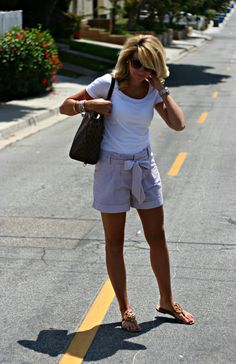 White t-shirt with navy and white striped seersucker shorts with bow belt, Tory Burch nude leather sandals