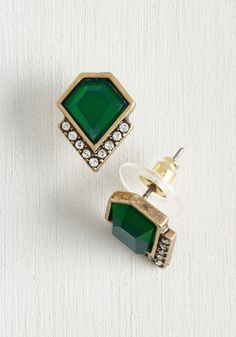 Play by the Jewels Earrings. These faux-emerald earrings are fancy as can be, and you gladly follow suit with the rest of your ensemble! #green #modcloth