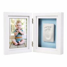 Hand-finished wooden desk frame holds a 10 x 15cm photo Includes no-mess impression material to create baby's print Easy to use - no mixing, no baking, and no mess! blue and pink backboards included | https://tinytotsbabystore.com/bed-bath/accessories/pearhead-babyprints-desktop-white/