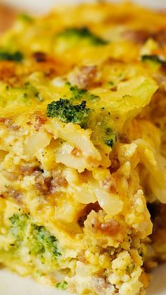 Hash Brown, Broccoli, Sausage and Egg Breakfast Casserole ~ Breakfast Casserole with shredded hash brown potatoes, broccoli, cheddar cheese, sausage and eggs... Delicious and very easy to make