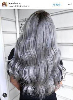 Silver Fox Hair, Silver Ombre Hair, Blonde Asian Hair, Pelo Color Plata, Cabelo Ombre Hair, Charcoal Hair, Change Hair Color, Balayage Blond, Gorgeous Hair Color