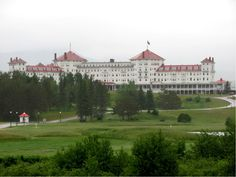 MOUNT WASHINGTON RESORT IN BRETTON WOODS, NEW HAMPSHIRE