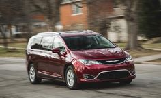 2017 Chrysler Pacifica Practicality meets technology in a surprisingly agile chassis. Chrysler Pacifica, Technology, Car, Tech, Automobile, Tecnologia, Cars