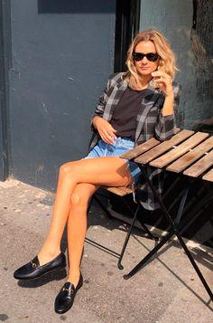 My it girl: Anne Laure Mais (Adenorah) - Guita Moda Fashion Blogger Style, Look Fashion, Girl Fashion, Fashion Outfits, Fashion Design, Fashion Bloggers, Estilo Cool, Estilo Blogger, Look Blazer