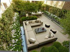 idée déco terrasse jardin en ville canape moderne