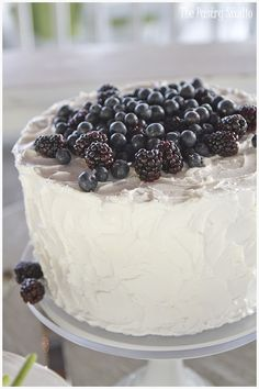 Vintage Chic Wedding Cake with Blueberries and Black Berries