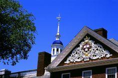 Lowell House, Harvard University. DiscoverHarvard.com