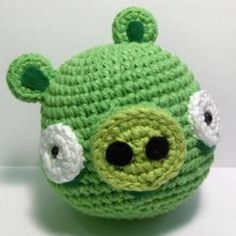 Download this free pattern at Amigurumipatterns.net - I might need to make a few of these for Logie
