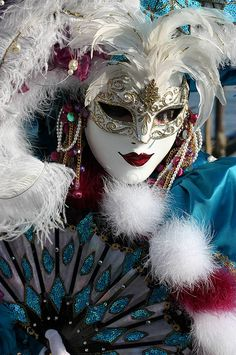 Portrait of a lady in blue at the 2008 Carnivale in Venice