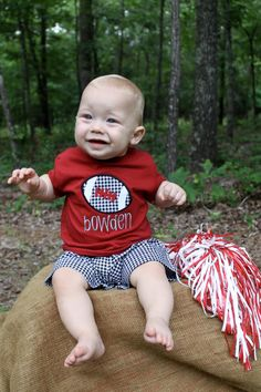 LOVE THIS!!!  Might buy this for my future grandson!!! Alabama Football Houndstooth Shorts Set by FuchsiaFrog on Etsy, $36.00