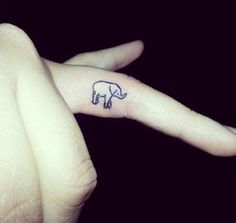40 Awesome Finger Tattoos: If I Ever get a Tattoo it'd be something like this