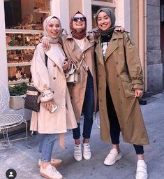 Casual winter hijab looks Modest Fashion Hijab, Modern Hijab Fashion, Street Hijab Fashion, Tokyo Street Fashion, Casual Hijab Outfit, Hijab Chic, Muslim Fashion, Modest Outfits, Men Fashion