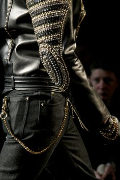 Versace Fall 2012 Menswear Collection