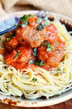 Greatest Meatballs Ever! | from  #meatballs #beef #pork http://www.willcookforsmiles.com/2011/03/meatballs.html?utm_content=bufferfe032&utm_medium=social&utm_source=pinterest.com&utm_campaign=buffer#_a5y_p=3898207