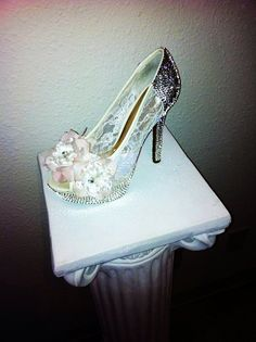 Women's Peep Toe High Heels - Burlesque Inspired