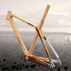 """Axalko """"Bat"""" un vélo en bois réalisé au Pays Basque par Enrique Ardura"""