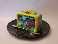 Scooby Doo lunchbox cake....