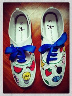 Zapatillas pintadas Verano Detalle: lunares en la puntera