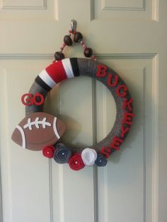 Ohio State Buckeye wreath - have to make for the Buckeye fans in my life ;)