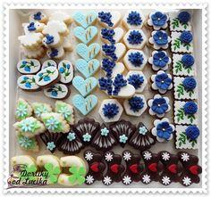 Svatební cukroví :: Dortíky od Lucíka Perfect Vanilla Cake Recipe, Good Mood, Mini Cupcakes, Cookie Decorating, Cake Recipes, Sweet Tooth, Sweets, Cookies, Wedding