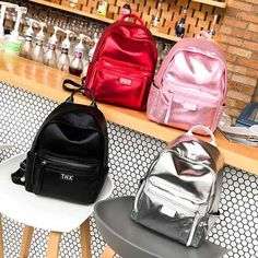 Silver Backpack Women Backpacks For Teenage Girls School Bags Holographic PU Leather 2018 New Spring Students Bag mochila Outfit Accessories From Touchy Style College Bags For Girls, Backpacks For College Girl, Girl Backpacks, Silver Backpacks, Trendy Backpacks, Popular Backpack Brands, Galaxy Backpack, Mini Backpack, Cool School Bags
