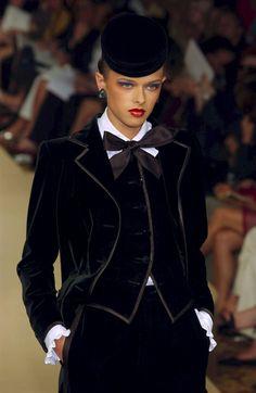 Yves Saint Laurent Fall 2001