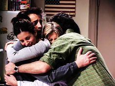 Missing our friends a little extra today. Tag a friend that you miss below and want to show some love ❤️Missing our friends a little extra today. Tag a friend that you miss below and want to show some love ❤️ Tv: Friends, Serie Friends, People's Friend, Friends Cast, Friends Moments, Friends Forever, Phoebe Buffay, Chandler Bing, Ross Geller