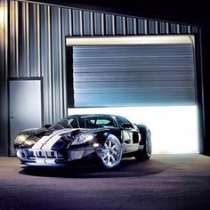 Ford GT ready to ride