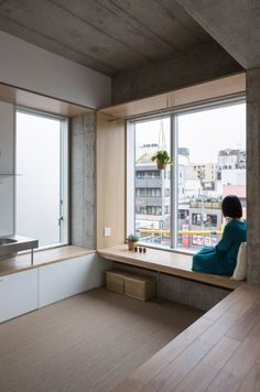 Photo 3 of 7 in Tatsumi Apartment House by Hiroyuki Ito Architects - . - - Photo 3 of 7 in Tatsumi Apartment House by Hiroyuki Ito Architects – … Kochen Foto 3 von 7 im Tatsumi Apartment House von Hiroyuki Ito Architects – Apartment Interior, Room Interior, Interior Design Living Room, Japan Apartment, Apartment Office, Interior Lighting, Design Bedroom, Interior Ideas, Interior Inspiration