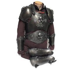 Polyurethane bone and skull design full armour set for LARP, TV, Film and Theatre Larp Armor, Cosplay Armor, Best Armor, Gold Armor, Pauldron, Legendary Creature, Skull Design, Skull And Bones, Armour