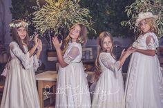 ALEJITOS. Colecciones - ALEJITOS Vestidos de Comunión Girls Dresses, Flower Girl Dresses, Communion Dresses, Bridesmaid Dresses, Wedding Dresses, Fashion, Dresses Of Girls, Bridesmade Dresses, Bride Dresses