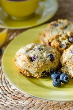 Paleo Lemon Blueberry Scones #glutenfree #grainfree #dairyfree