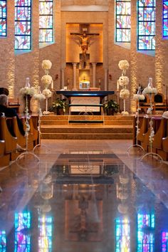 Church wedding - alter decorations