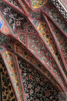 Frescos in the Wazir Khan Mosque, old Walled City of Lahore - all this useless beauty - Architecture Islamic Architecture, Beautiful Architecture, Beautiful Buildings, Art And Architecture, Architecture Details, Modern Buildings, Fresco, Serpentine Gallery Pavilion, Style Oriental