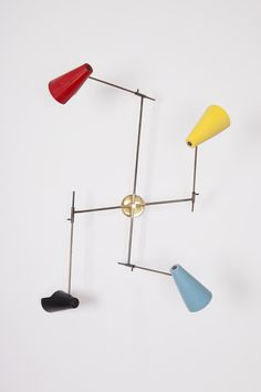 Gino Sarfatti; #169/4 Brass and Enameled Metal Wall Light for Arteluce, 1952.