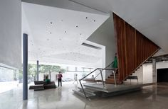 Arthouse at the Jones Center | Austin, Texas | Lewis.Tsurumaki.Lewis Architects | photo © Michael Moran