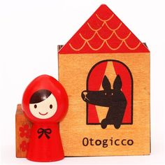 Decole Otogicco (Little Red Riding Hood) pen stand