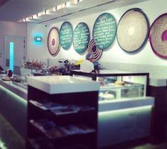 http://www.dubaiconfidential.ae/food-drinks/emirati0cafe-mamatani-cafe-dubai/