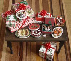 Christmas in Miniature - Present Table by PetitPlat - Stephanie Kilgast, via Flickr
